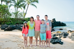 Beautiful family portrait in Wailea | #familyphotography #janejohnsonphotography